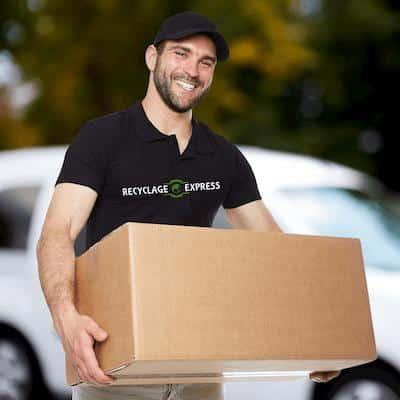 Employé Recyclage Express Expert du déménagement du transport